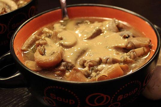Σούπα με μανιτάρια και με ταχίνι